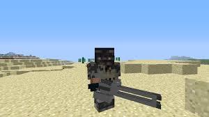 Мод Ferullos Guns для Майнкрафт: игрок с текстуркой ручного пулемета